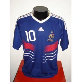 cf38cc2a34 Essa postagem trás uma camisa que assombra o futebol brasileiro