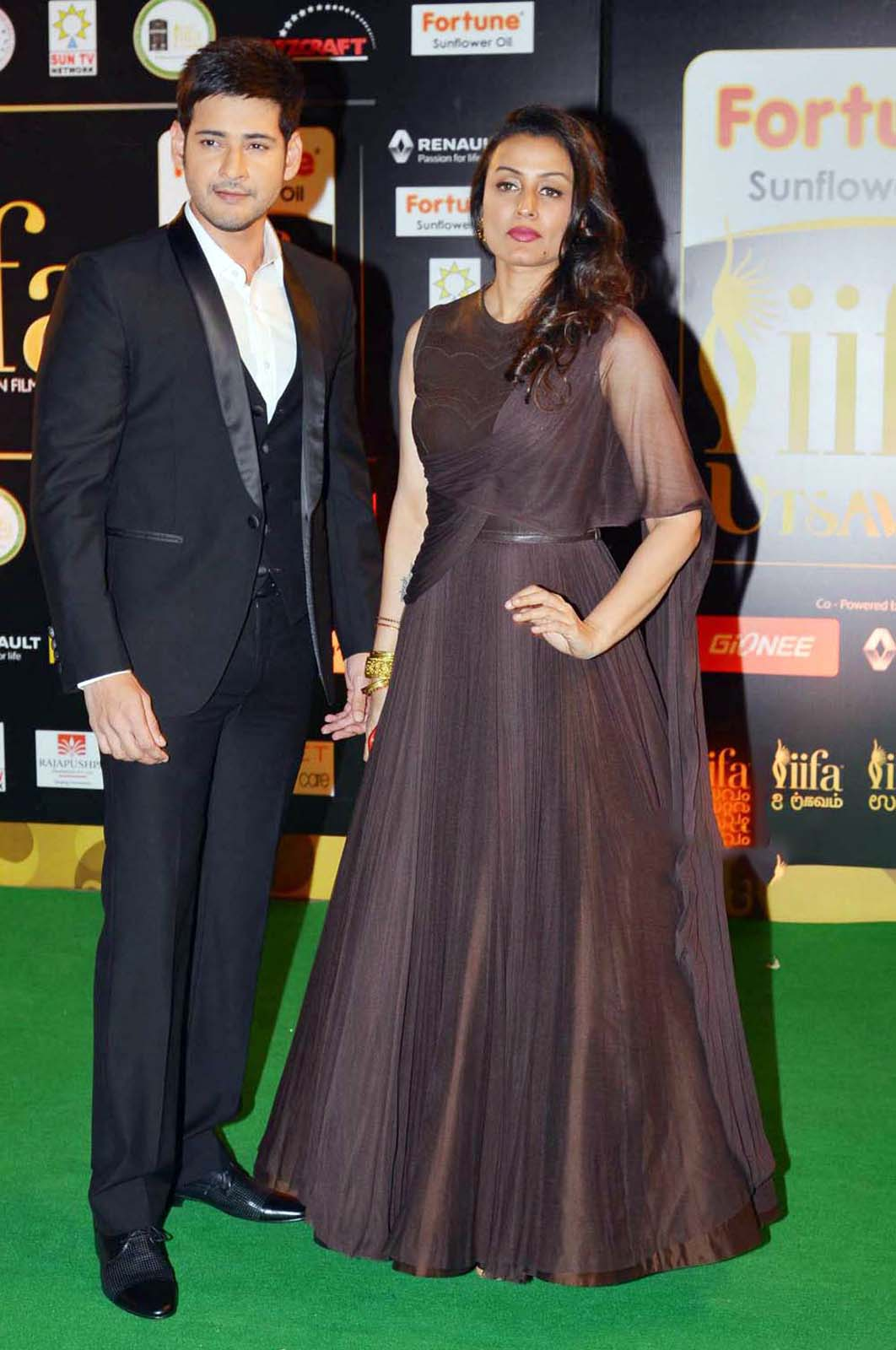 Mahesh Babu Namrata Shirodkar Photos at IIFA Utsavam