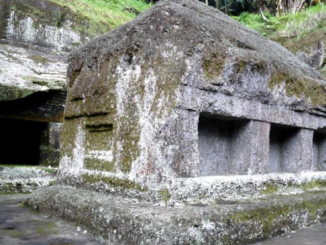 Tumbas Gunung Kawi Bali