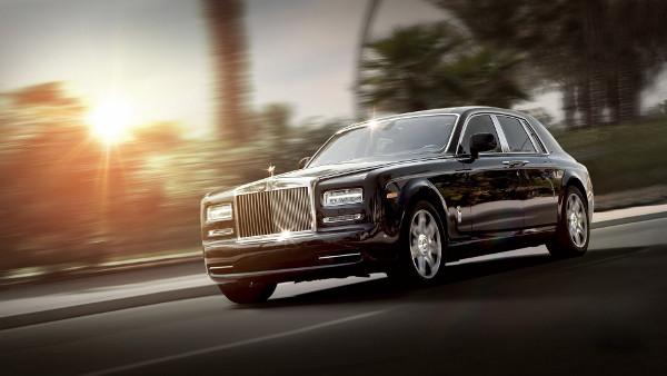 Rolls Royce Phantom Luxe Noire - Fond d'Écran en Full HD