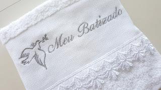 Toalha de Rosto para Batizado Bordada
