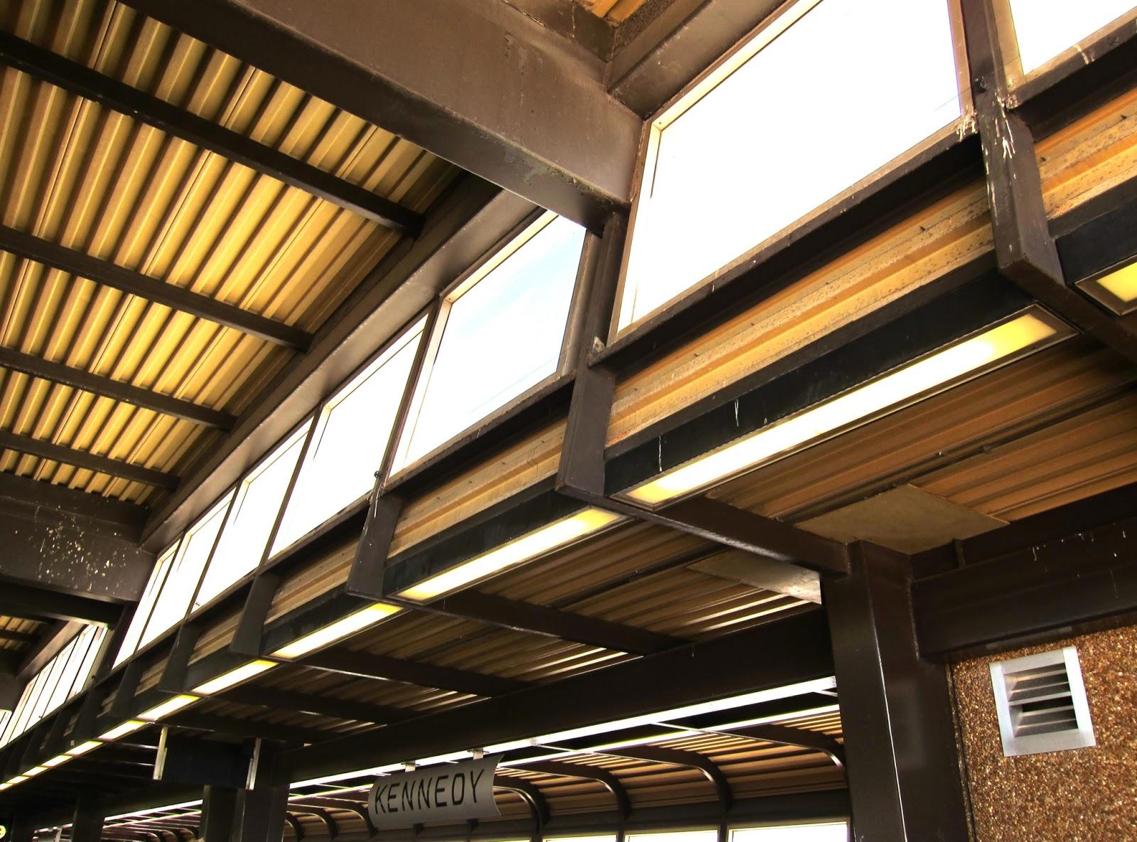 Kennedy station RT platform interior ceiling view