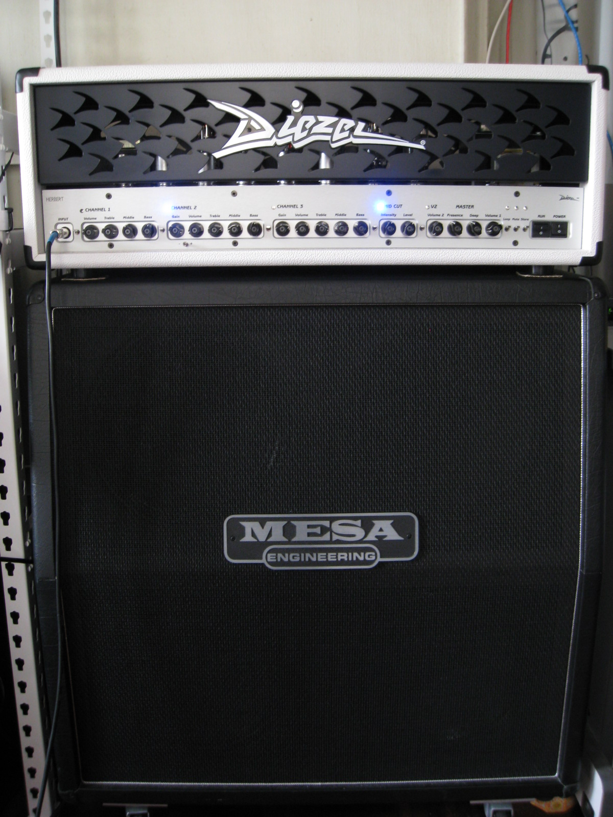 Mesa 4x12 Guitar Gear Acquisition Syndrome Mesa Boogie Stiletto