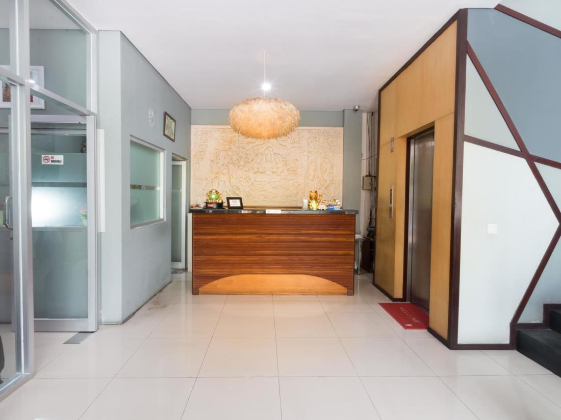 A Residence Kuta Bali 22