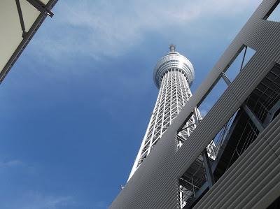 とうきょうスカイツリー駅東口から見た東京スカイツリー