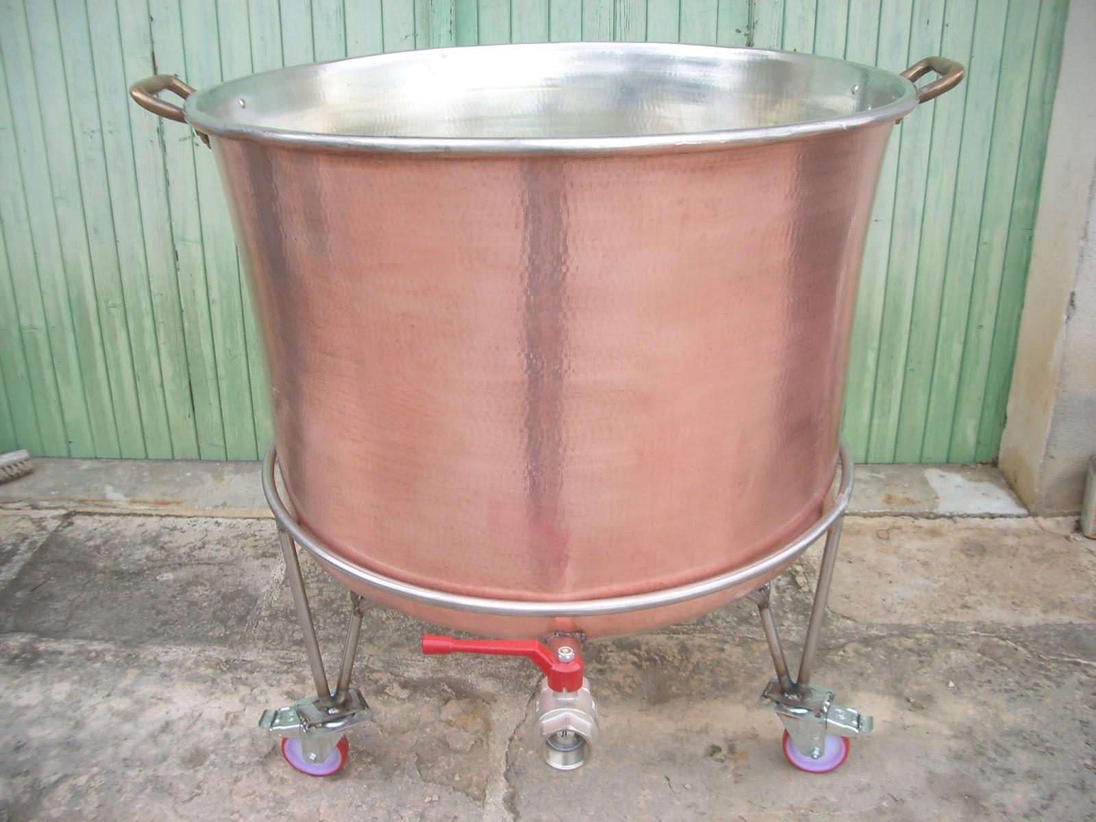 Cuve et chaudron en cuivre - Cuve 1000 litres occasion ...