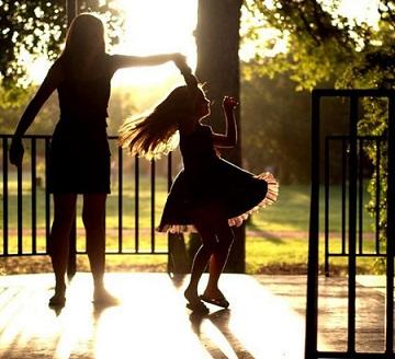 Bagaimana Cara Meluangkan Waktu Bersama Anak bagi Ibu Pekerja?