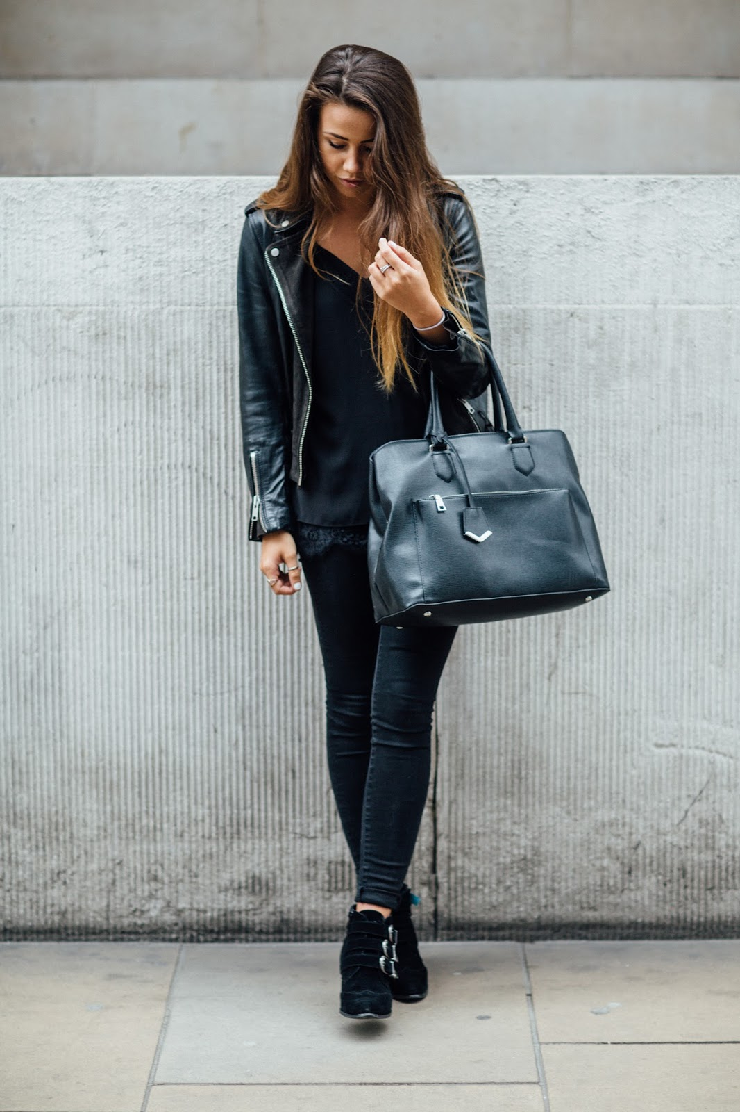 black outfit thats stylish