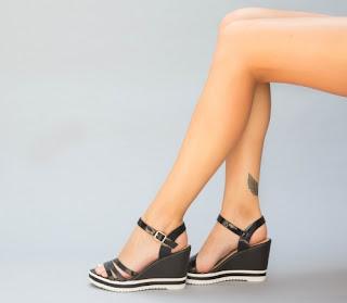 platforme negre din piele lacuita elegnate de zi ieftine
