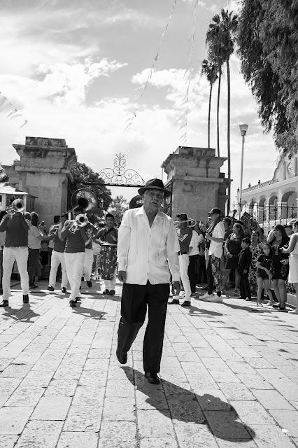 Señor en Santa María del Tule Oaxaca