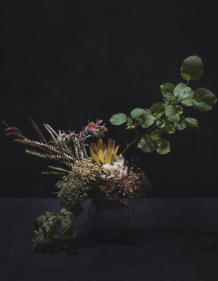 flower arrangement by Kristiina in my first flower workshop Asun magazine/Habitare