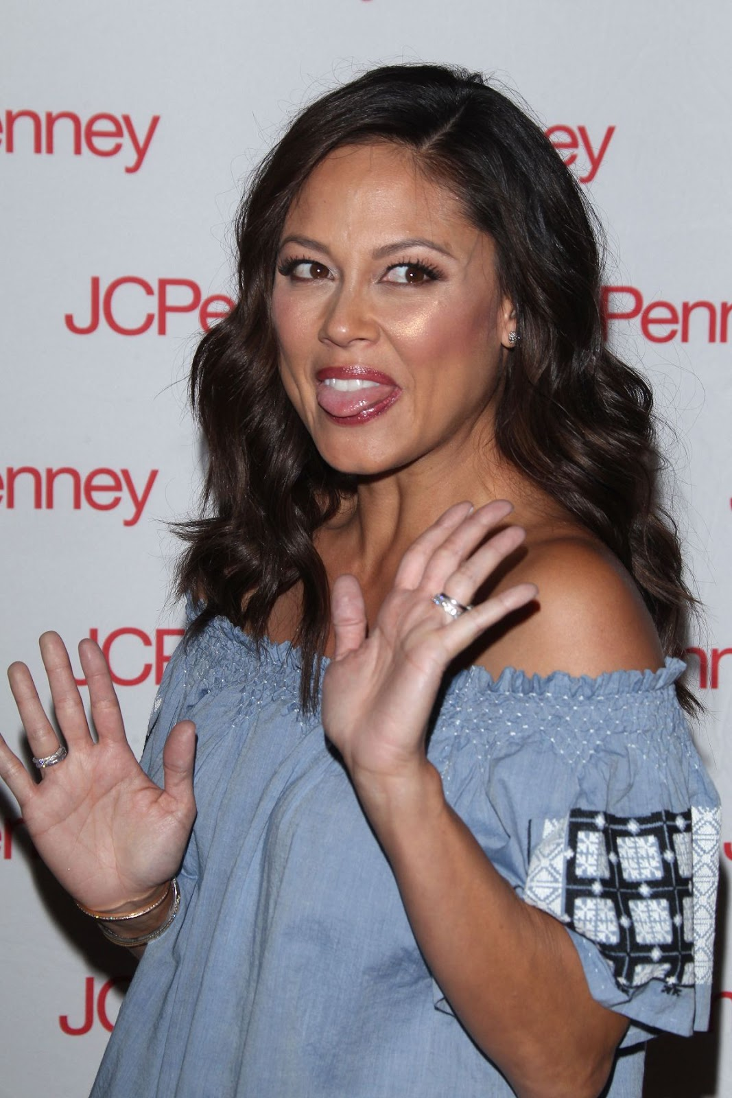 Truth Be Told actress Vanessa Lachey at Jcpenney's Back Tos School Event