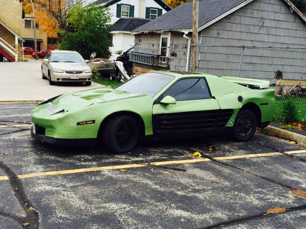 Daily Turismo Zombie Response 1986 Pontiac Fiero Custom