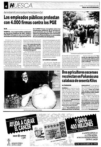 Dos agricultores oscenses recolectan en Fañanás una calabaza de sesenta kilos