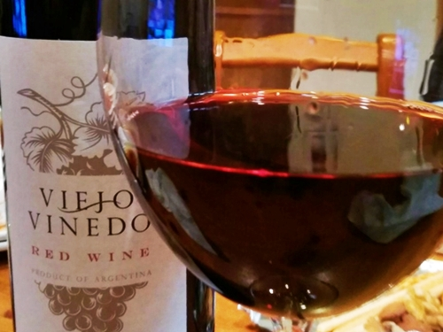 Viejo Vinedo Red Wine ヴィエホ・ヴィニエド レッド・ワイン