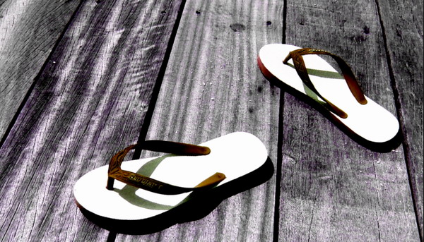 Sandal Jepit Istriku