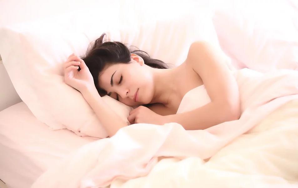 Dormire, miglior rimedio per guarire quando sei malato