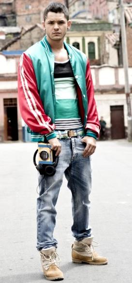Foto de Ricardo Abarca posando parado