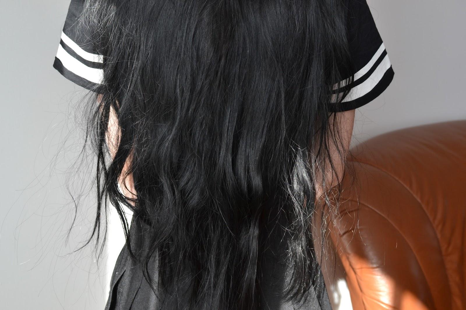 suche, matowe włosy