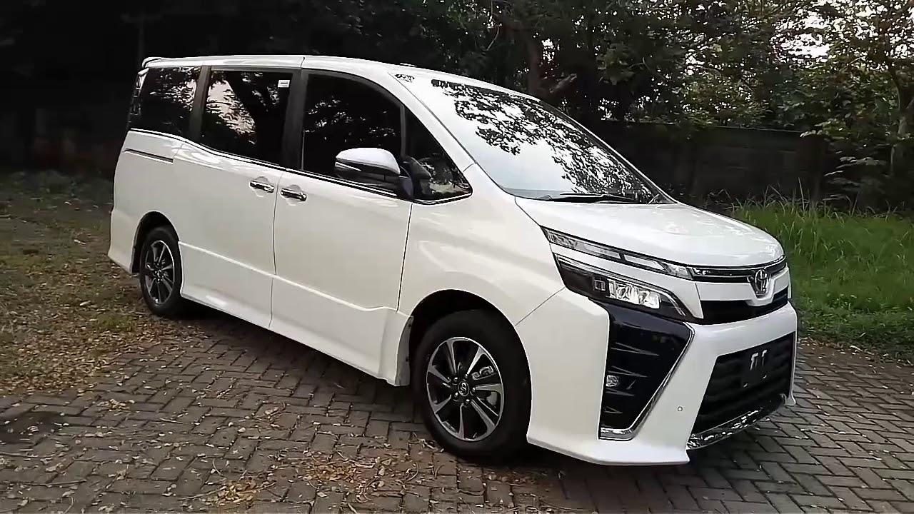 Potret Keunggulan Toyota Voxy dengan Pesona Mewahnya