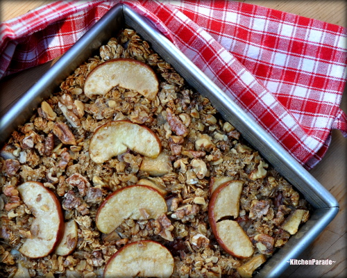 Easy Baked Oatmeal with Apples & Walnuts ♥ KitchenParade.com, nutritious and ever-so-variable, sweetened with maple syrup or honey or sorghum or even a sugar-free syrup. Recipe, insider tips, Weight Watchers points included.