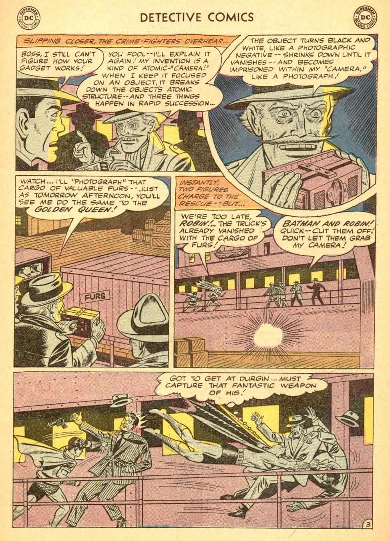 Detective Comics (1937) 284 Page 4