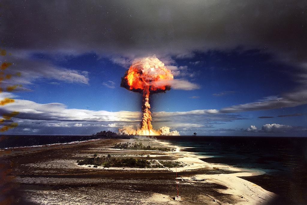 Um dos testes nucleares realizados pelos EUA