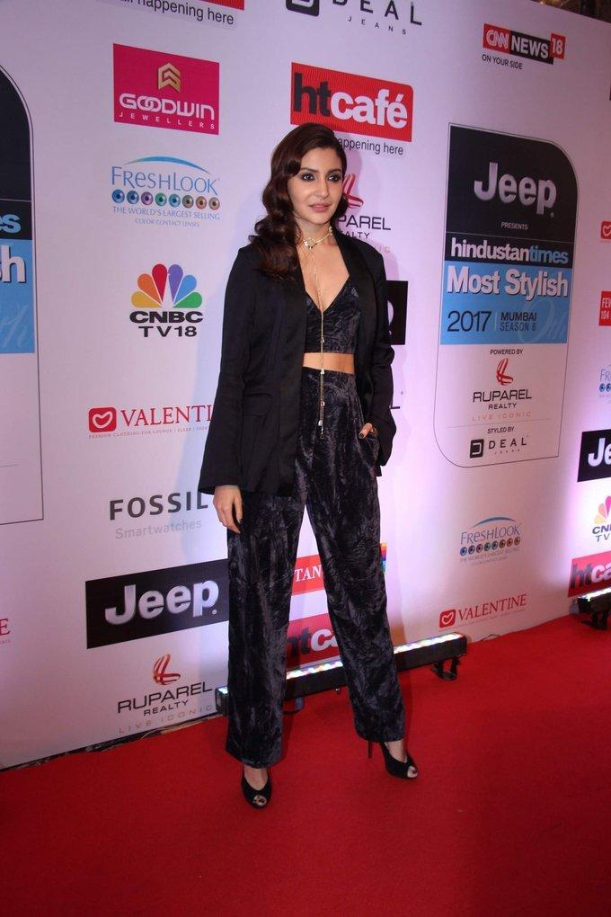 Anushka Sharma In Black Dress At HT Most Stylish Awards 2017