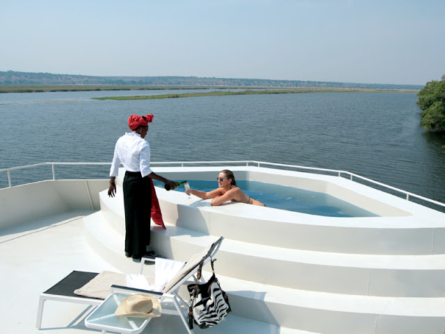 Luxury River Boat│Safari Cruise 7