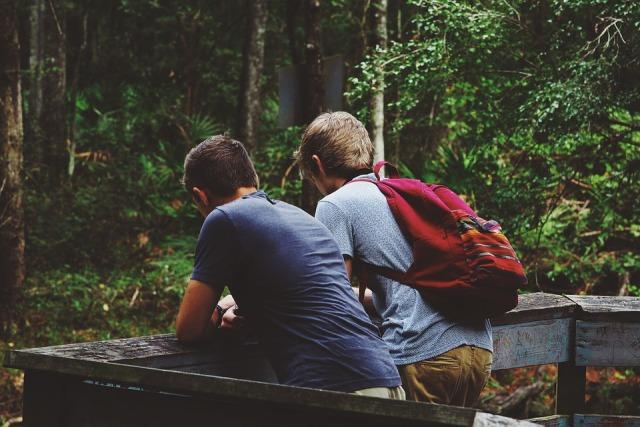 5 Hal Yang Harus Kamu Hindari Saat Jalan Bareng Sahabatmu