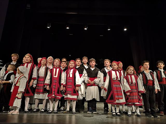Παιδική Χριστουγεννιάτικη εκδήλωση Λαογραφικού Ομίλου Πολυγύρου