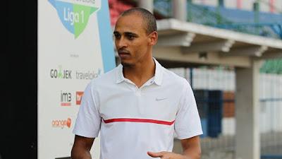 Pasca Didepak Madura United Pemain ini Turun Profesi Menjadi Komentator Bola Media Eropa