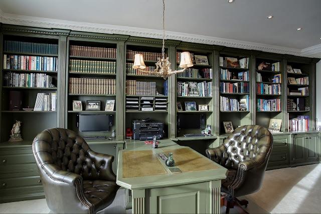 Кабинет-библиотека в классическом стиле: основные принципы дизайна и 20 великолепных проектов