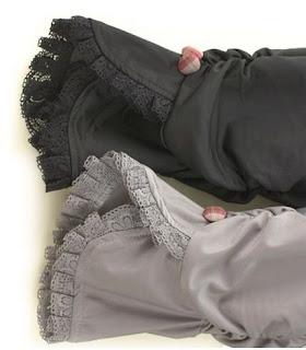 Pantalones legging hasta las rodillas con encaje