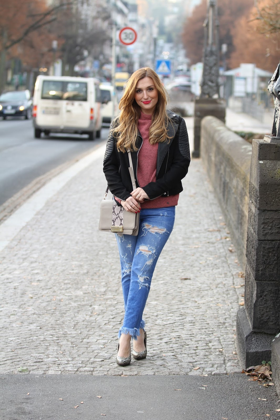 Blogger-aus-Deutschland-deutsche-Fashionblogger-Zara-Hose-On-done-look-Streetfashion-Blogger-aus-Deutschland