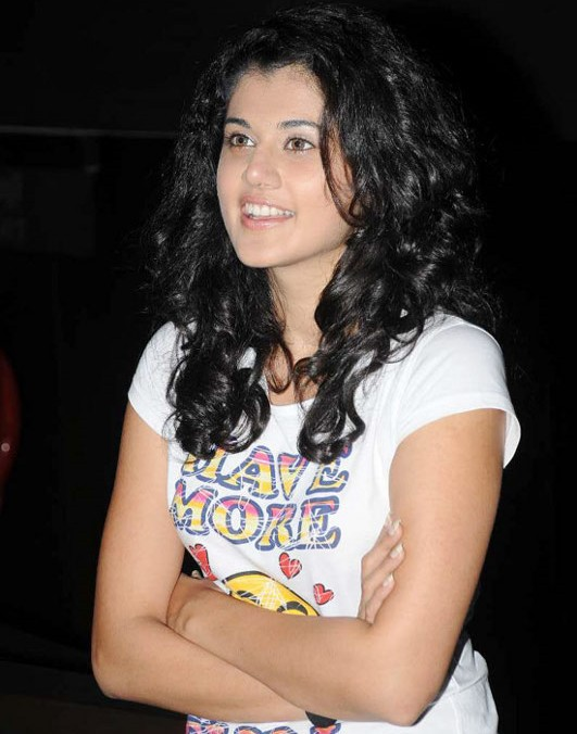 3d Wallpaper In Ludhiana Gallery Funda South Indian Actress Tapasee Pannu Pics