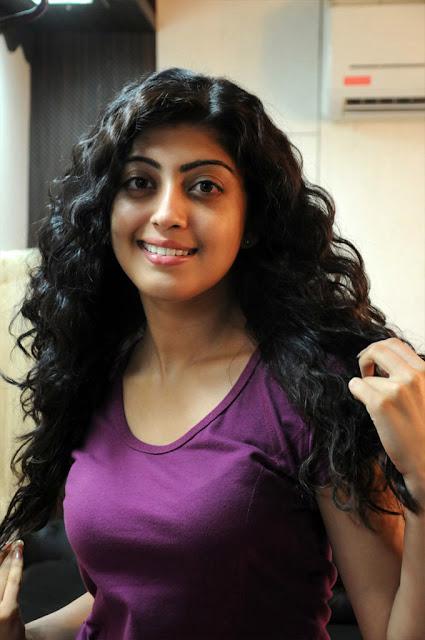 Telugu actress hot blouse