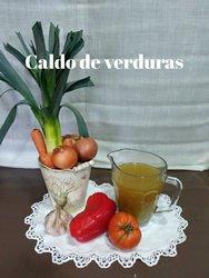 https://www.carminasardinaysucocina.com/2019/05/caldo-de-verduras.html