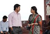 Jayammu NischayammuRaa Movie Stills-thumbnail-3