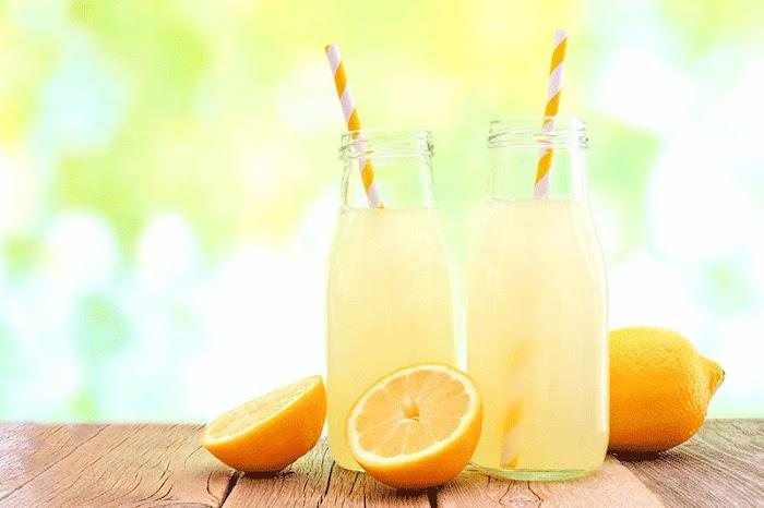 الليموناضة على الطريقة التقليدية