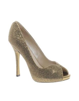 Zapatos de fiesta modernos