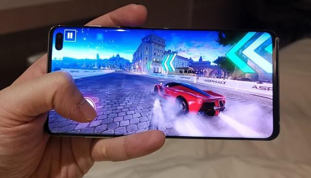 أخبار عن أن سامسونغ ستطلق خدمة الألعاب السحابية الخاصة بها بنفس أسلوب Stadia و Apple Arcade