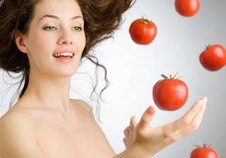 Traitement naturel des peaux grasses et acnéiques à base de tomate