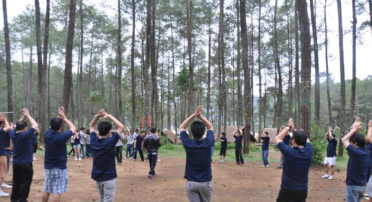 Objek wisata Hutan Pinus Cikole