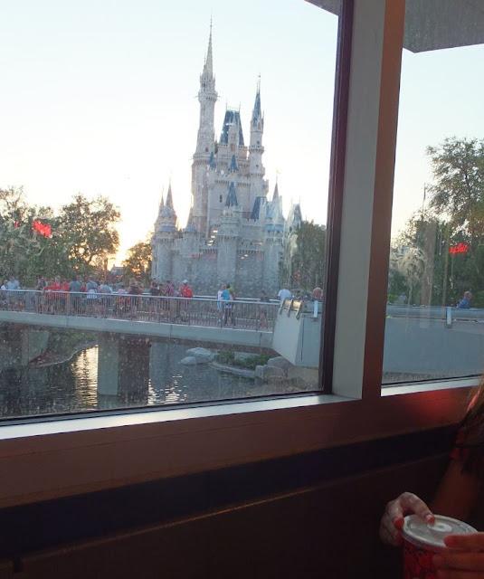 Magic Kingdom Cinderellas castle