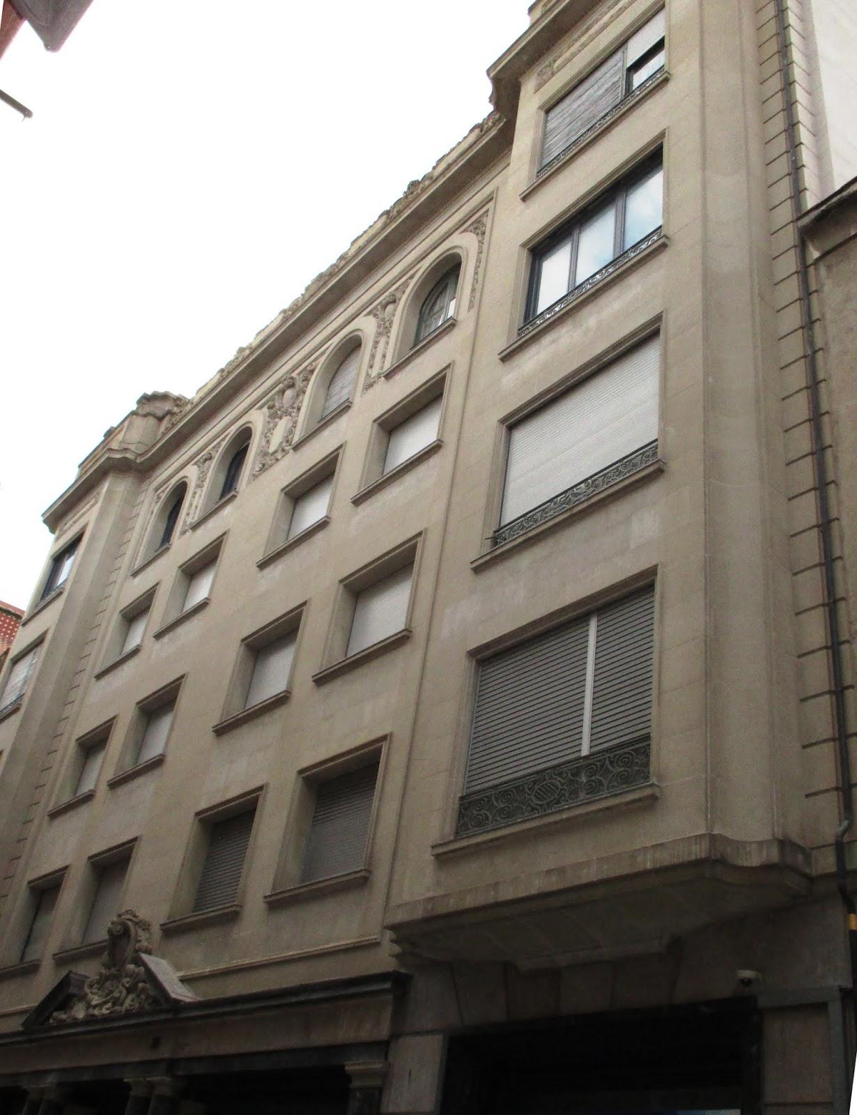 Con ixer catalunya els pisos de la caixa d estalvis de de sabadell al numero 33 del carrer de - Pisos de la caixa ...