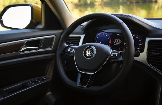2018 Volkswagen Atlas V-6 4MOTION Review