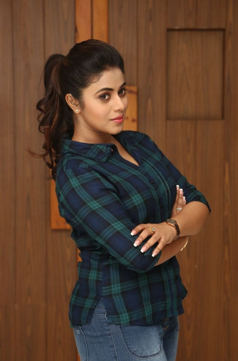 actress tight latest jeans telugu poorna shirt indian tuesday edit december