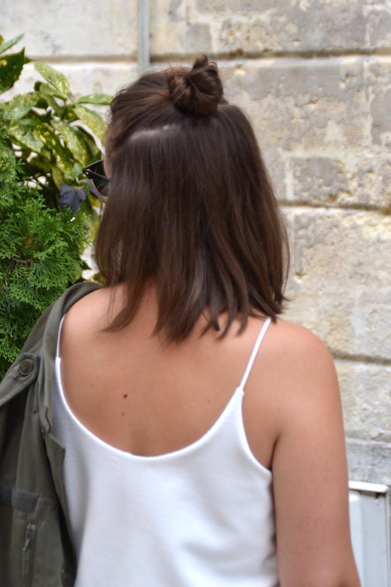 dos robe blanche Zara et Half Bun