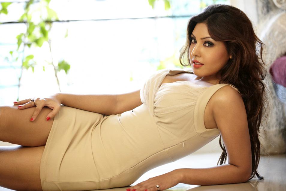 Camaros And Girls Wallpaper Hot Wanted Girls Komal Jha Hot Wallpapers